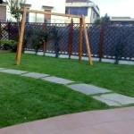 viale in erba sintetica